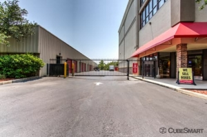 Image of CubeSmart Self Storage - Jacksonville - 11570 Beach Blvd Facility on 11570 Beach Blvd  in Jacksonville, FL - View 4