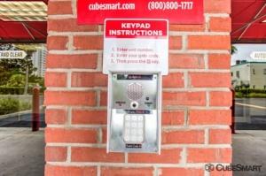Image of CubeSmart Self Storage - Jacksonville - 645 Park St Facility on 645 Park St  in Jacksonville, FL - View 4
