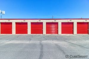 Image of CubeSmart Self Storage - Tempe - 409 South Mcclintock Drive Facility on 409 South Mcclintock Drive  in Tempe, AZ - View 3