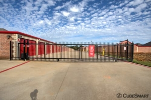 Image of CubeSmart Self Storage - Keller Facility on 8800 Davis Blvd  in Keller, TX - View 4