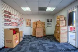 Image of CubeSmart Self Storage - North Richland Hills - 6612 Davis Blvd Facility on 6612 Davis Blvd  in North Richland Hills, TX - View 3