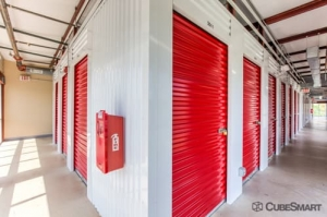 Picture 6 of CubeSmart Self Storage - San Antonio - 9238 I-10 - FindStorageFast.com