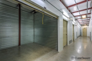 CubeSmart Self Storage - Vista - 1625 West Vista Way - Photo 5