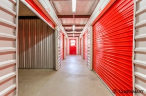 Image of CubeSmart Self Storage - Garland - 1350 N 1st St Facility on 1350 N 1st St  in Garland, TX - View 4