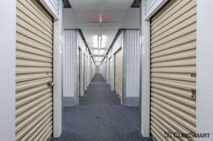 CubeSmart Self Storage - Columbus - 5411 W Broad St - Photo 6
