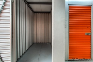 CubeSmart Self Storage - Lakewood - 1324 Hird Avenue - Photo 4