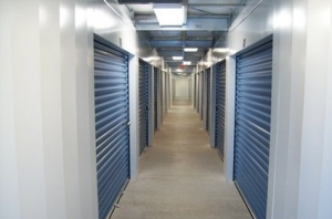 Advantage Self Storage - Hamilton - Photo 7