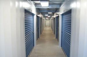 Picture 6 of Advantage Self Storage - Hamilton - FindStorageFast.com