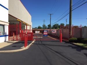 National Storage Centers - Southfield - Photo 6