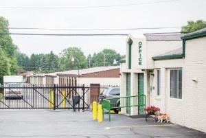 Image of Stor-N-Lock Self Storage Facility on 7840 N Wayne Rd  in Westland, MI - View 3