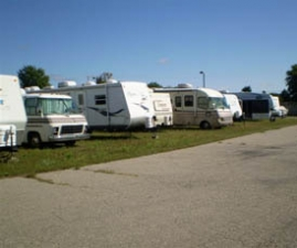 National Storage Centers - Highland - Photo 4