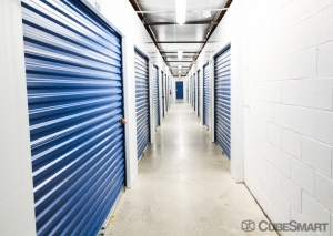 Image of Acorn Self Storage - Kensington Facility on 11015 West Ave  in Kensington, MD - View 2