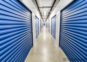 Image of Acorn Self Storage - Kensington Facility on 11015 West Ave  in Kensington, MD - View 3