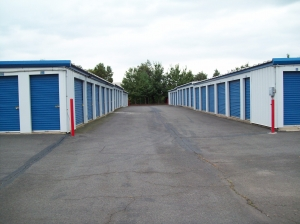 AAAA Self Storage & Moving - Sterling - 45143 Old Ox Rd - Photo 2