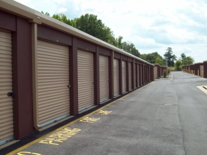 Image of AAAA Self Storage & Moving - Richmond - 100 S Providence Rd Facility on 100 S Providence Rd  in Richmond, VA - View 4