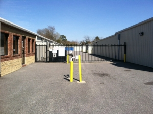 Image of AAAA Self Storage & Moving - Norfolk - 6562 Tidewater Dr Facility on 6562 Tidewater Dr  in Norfolk, VA - View 3