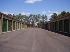 Champion Self Storage - Mulberry - Photo 11