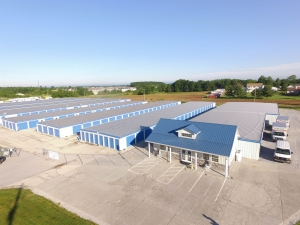 Image of Hilltop Self Storage Facility on 2650 Carlisle Pike  in New Oxford, PA - View 3