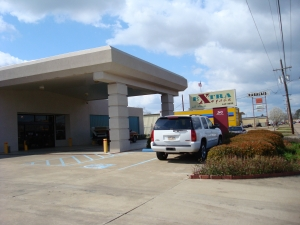 Extra Space Self Storage - Alexandria - 240 Windermere Blvd - Photo 1