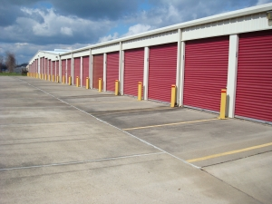 Extra Space Self Storage - Alexandria - 240 Windermere Blvd - Photo 5