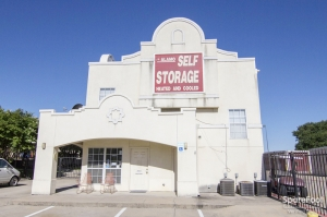 Image of Alamo Self Storage - Carrollton Facility on 1953 E Frankford Rd  in Carrollton, TX - View 2