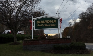 Guardian Self Storage - Hyde Park - Photo 3