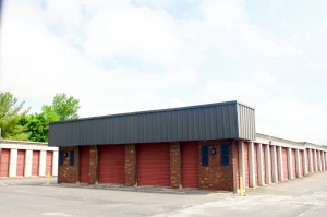 Guardian Self Storage - Highland - Photo 2