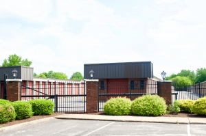 Guardian Self Storage - Highland - Photo 3