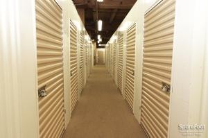 East Bank Storage - 35th & Racine - Photo 12