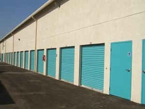 Frontage Self Storage - Photo 2