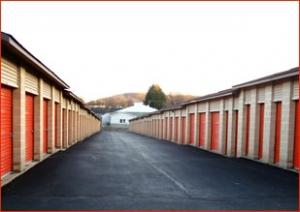 East Penn Self Storage - Emmaus - Photo 3