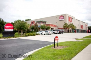 Image of CubeSmart Self Storage - Orlando - 1015 N Apopka Vineland Rd Facility on 1015 Apopka Vineland Rd  in Orlando, FL - View 2