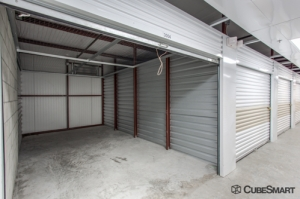 CubeSmart Self Storage - Orlando - 1015 N Apopka Vineland Rd - Photo 12