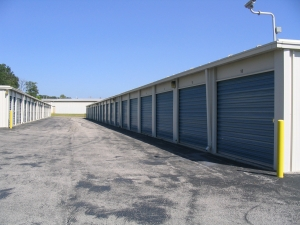 Union Storage - Photo 6