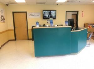 Image of Life Storage - Cornelius Facility on 9225 Westmoreland Rd  in Cornelius, NC - View 4