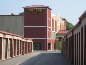 Sunshine Self Storage - Pensacola - Photo 19