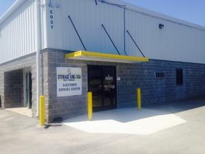 Image of Storage King USA - 003 - Chattanooga, TN - Hixson Pike Facility at 5027 Hixson Pike  Hixson, TN