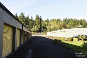 Iron Guard Storage - Camas