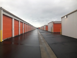 Security Self Storage - Parking, Standard and Climate Controlled Units - Photo 6