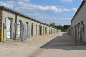 Image of Metro Mini Storage - Center Point Facility on 109 Polly Reed Rd  in Birmingham, AL - View 2