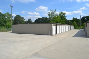 Image of Metro Mini Storage - Center Point Facility on 109 Polly Reed Rd  in Birmingham, AL - View 3