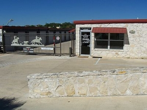 Image of AAA Sentry Storage Facility on 6303 Krempen Ave  in San Antonio, TX - View 3
