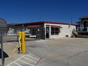 Image of AAA Sentry Storage Facility on 6303 Krempen Ave  in San Antonio, TX - View 4