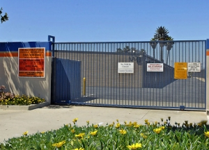 Long Beach Self Storage - Photo 2