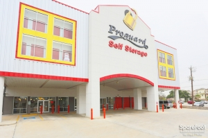 Image of Proguard Self Storage - Memorial Heights / Washington Facility on 3770 Center St.  in Houston, TX - View 3