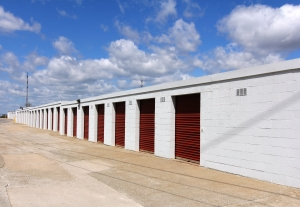 Picture of StorageMart - Paris Road & Vandiver