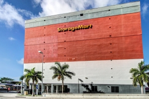 Image of StorageMart - SW 7th St & 2nd Ave Facility on 640 SW 2nd Ave  in Miami, FL - View 2