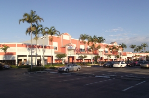 Image of StorageMart - Federal Hwy & Atlantic Ave Facility on 405 South Federal Hwy  in Pompano Beach, FL - View 3