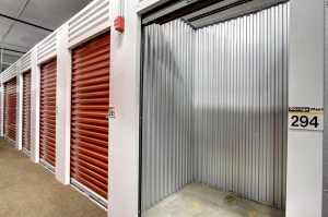 StorageMart - Bird Rd & 99th Ave - Photo 4