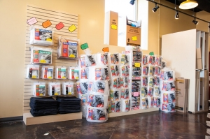 Image of StorageMart - Halsted & Chicago Facility on 1015 N Halsted St  in Chicago, IL - View 2